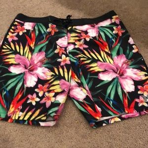 Hurley men's swim trunks new with tags sz36